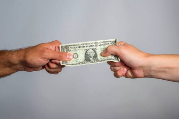 Alimony: Choosing Between Modifier and Non-Modifier