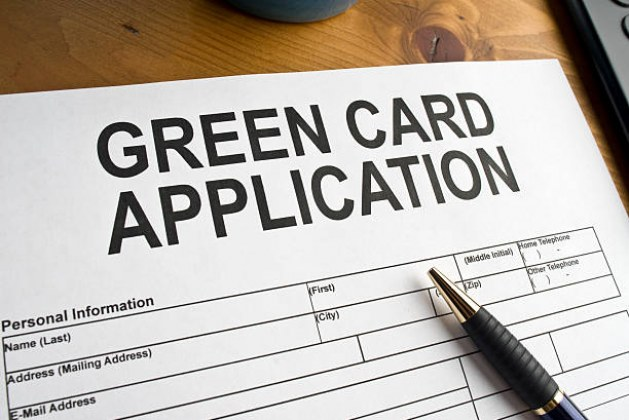 How to Apply for a Green Card that is Family-Oriented